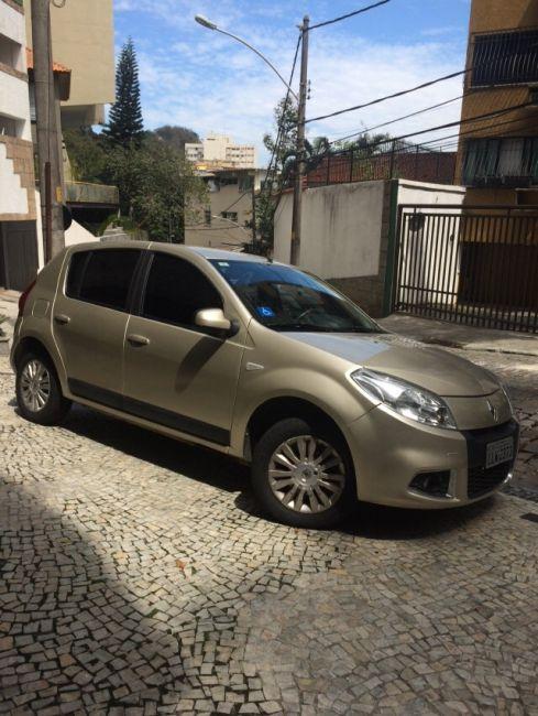 Renault Sandero Privilege 1.6 16V (Flex)(aut) - Foto #3