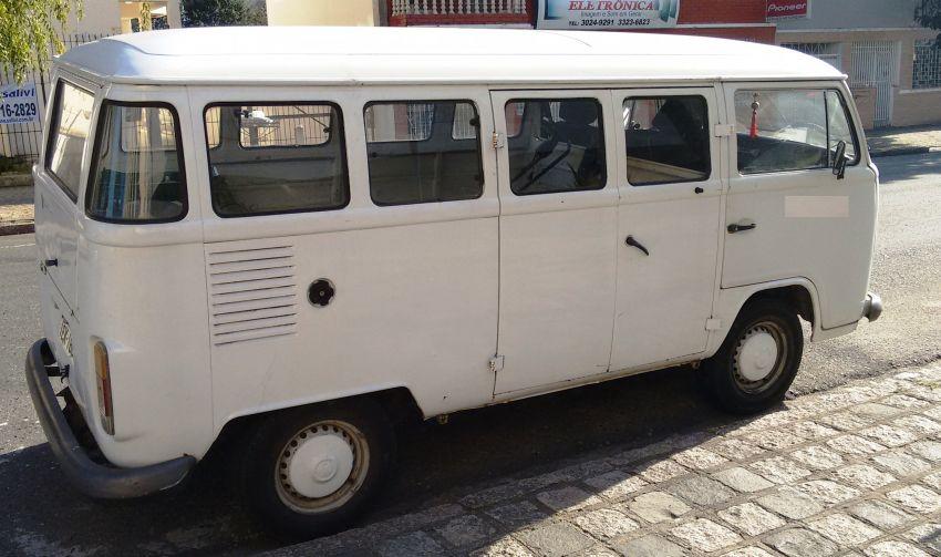 Volkswagen Kombi Standard Lotação 1.6 - Foto #2