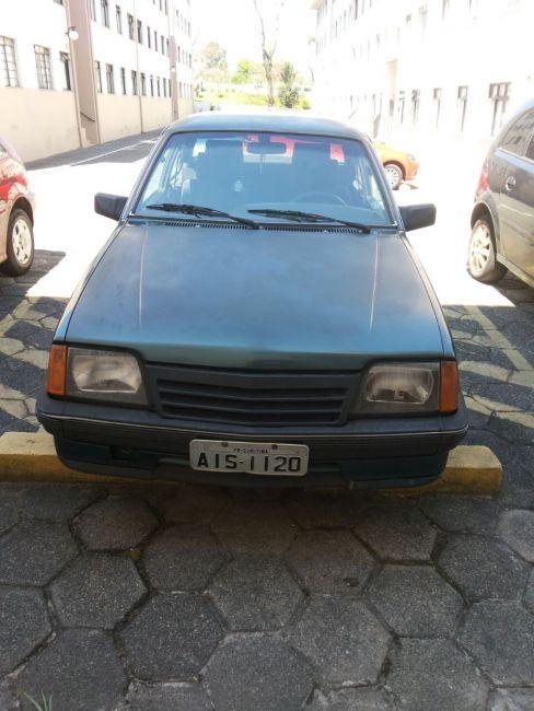 Chevrolet Monza Sedan Classic 2.0 - Foto #2