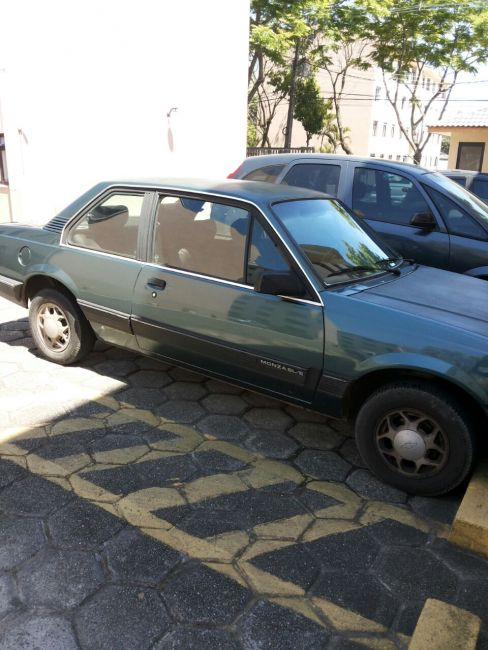 Chevrolet Monza Sedan Classic 2.0 - Foto #8