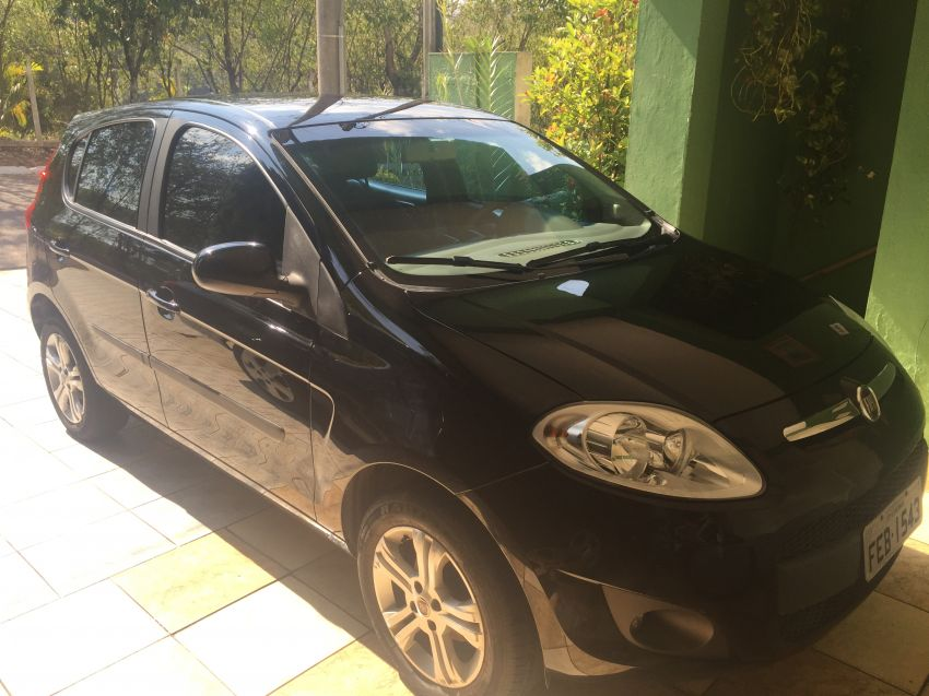Fiat Palio Attractive 1.4 (Flex) - Foto #4