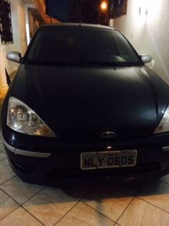 Ford Focus Hatch GL 1.6 16V (Flex) - Foto #2