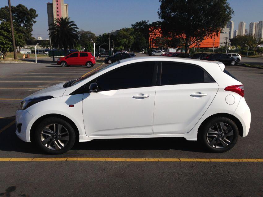 Hyundai HB20 1.0 Spicy - Foto #2