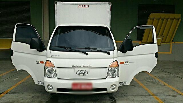 Hyundai HR LD 2.5 (sem caçamba) - Foto #1