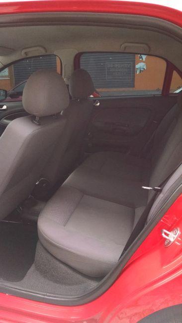 Volkswagen Gol 1.6 8V (Flex) - Foto #10