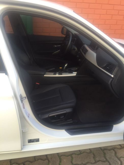 BMW 320i 2.0 Sport (Aut) - Foto #3