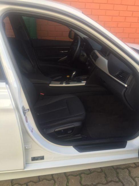 BMW 320i 2.0 Sport (Aut) - Foto #10