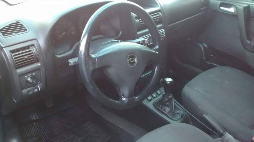 Chevrolet Astra Sedan 2.0 8V - Foto #3