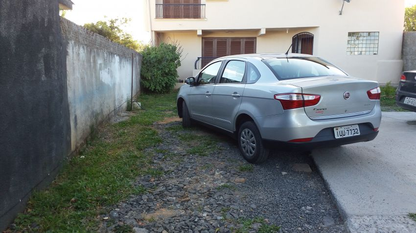 Fiat Grand Siena Attractive 1.4 (Flex) - Foto #3
