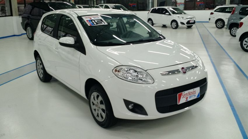 Fiat Palio Attractive 1.4 (Flex) - Foto #1