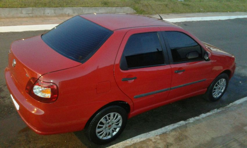 Fiat Siena ATTRACTIVE 1.0 8V (Flex) - Foto #1