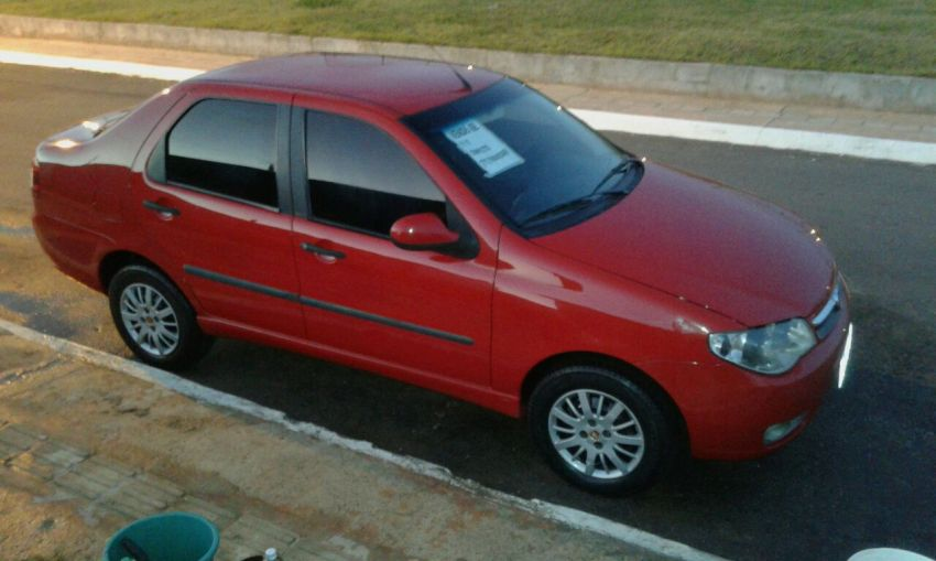 Fiat Siena ATTRACTIVE 1.0 8V (Flex) - Foto #2