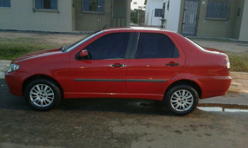 Fiat Siena ATTRACTIVE 1.0 8V (Flex) - Foto #4