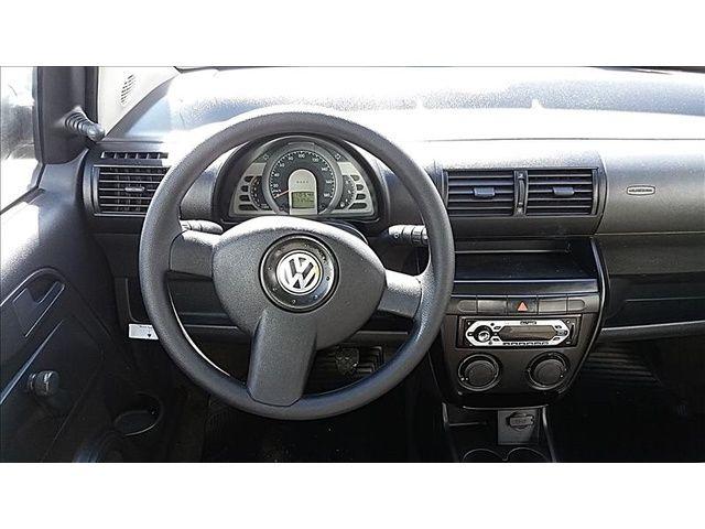 Volkswagen Fox 1.0 8V (Flex) 2p - Foto #8