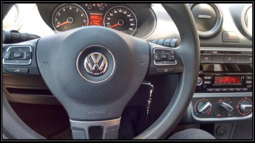 Volkswagen Voyage 1.0 TEC Comfortline (Flex) - Foto #3