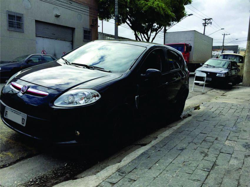 Fiat Palio Sporting 1.6 16V (Flex) - Foto #10
