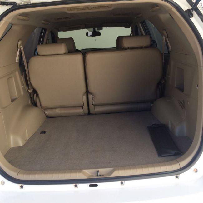 Toyota Hilux SW4 3.0 TDI 4x4 SR 5L Auto - Foto #4
