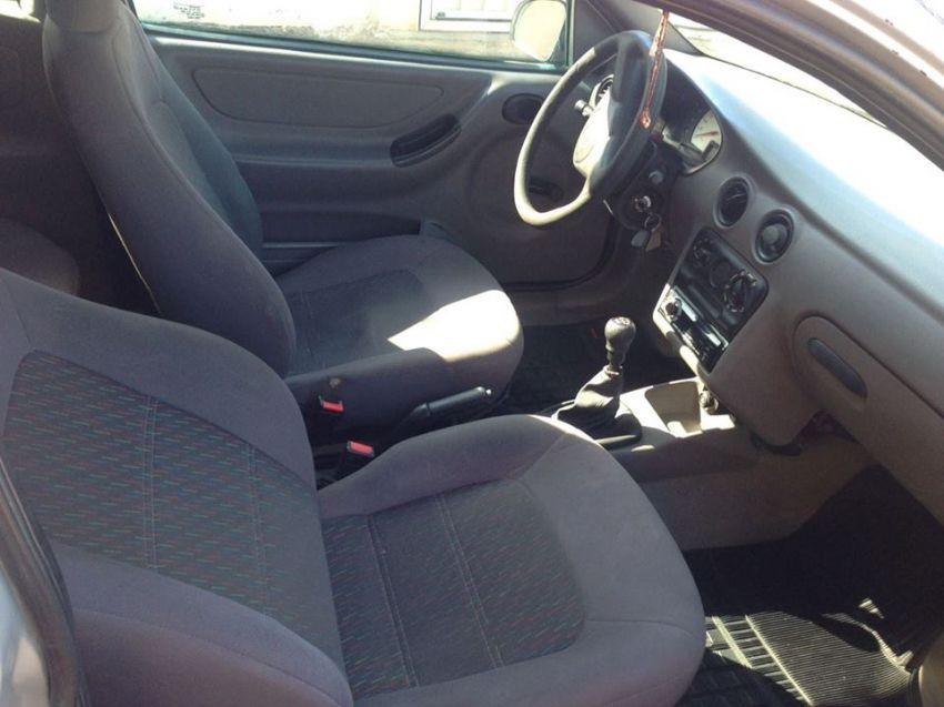 Chevrolet Celta 1.0 - Foto #6