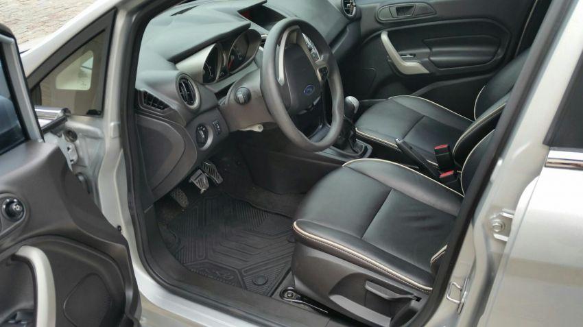 Ford New Fiesta Sedan SE 1.6 16V (Flex) - Foto #3