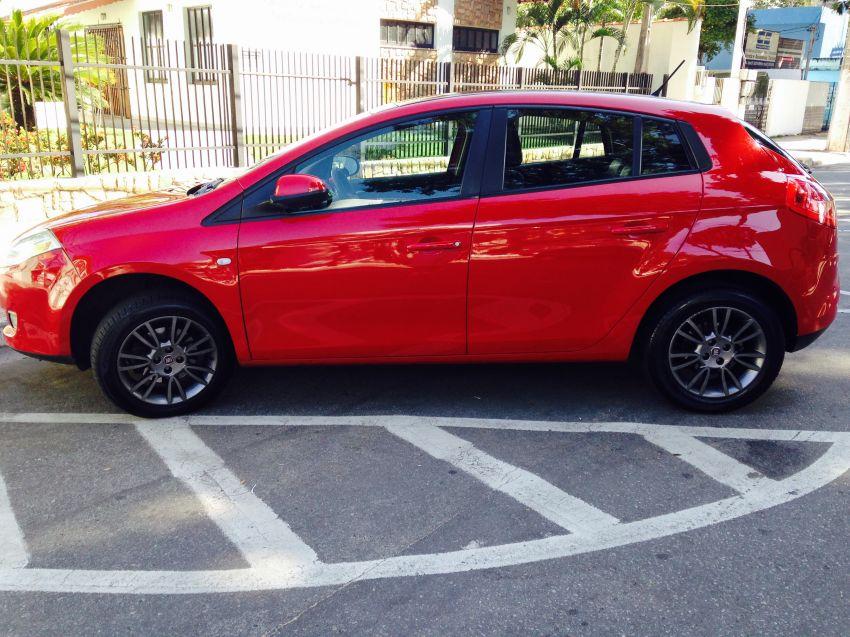 Fiat Bravo Essence 1.8 16V (Flex) - Foto #3