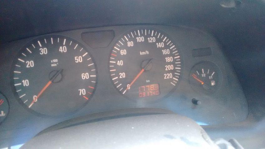 Chevrolet Astra Hatch 2.0 8V 2p - Foto #3