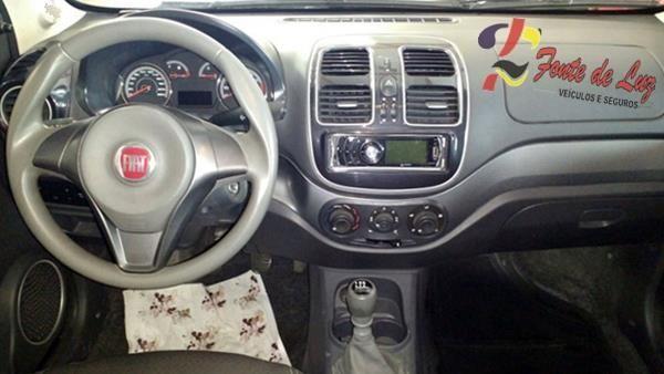 Fiat Grand Siena  Attrac. 1.4 Evo F.flex 8V 4p - Foto #3