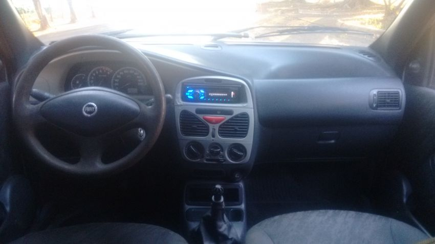 Fiat Palio Weekend ELX 1.0 16V Fire - Foto #5