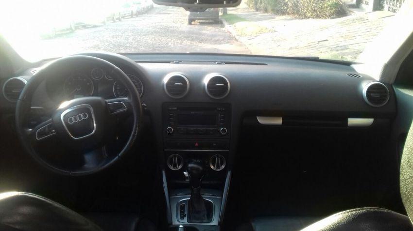 Audi A3 Sportback 2.0 TFSI S-tronic - Foto #1