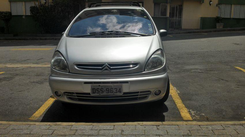 Citroën Xsara Picasso Exclusive 2.0 16V (aut) - Foto #6