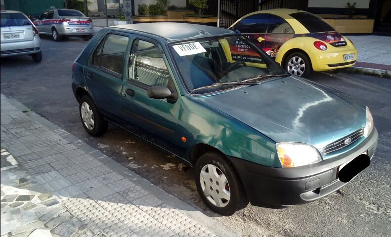 Ford Fiesta Hatch GL 1.0 MPi - Foto #1