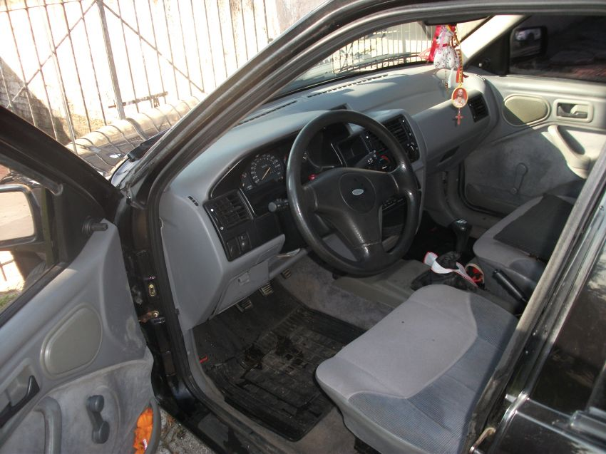 Ford Verona GL 1.8 i - Foto #4