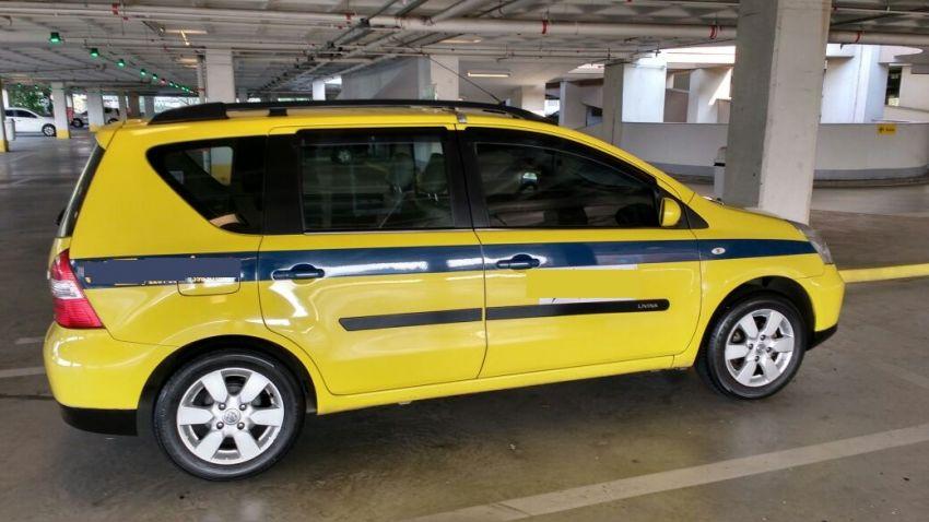 Nissan Livina SL 1.8 16V aut. (flex) - Foto #9