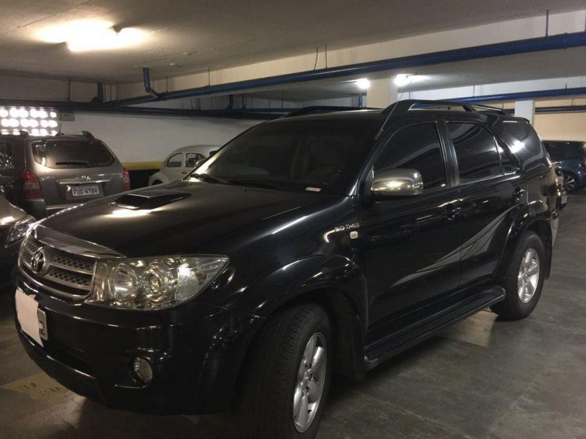 Toyota Hilux SW4 3.0 TDI 4x4 SRV 7L (Aut) - Foto #9