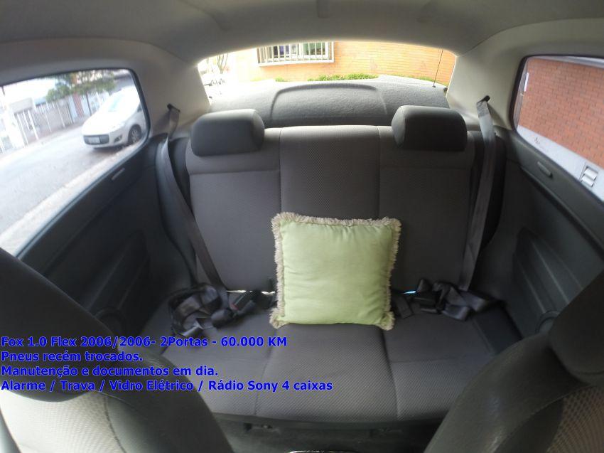 Volkswagen Fox 1.0 8V (Flex) 2p - Foto #7