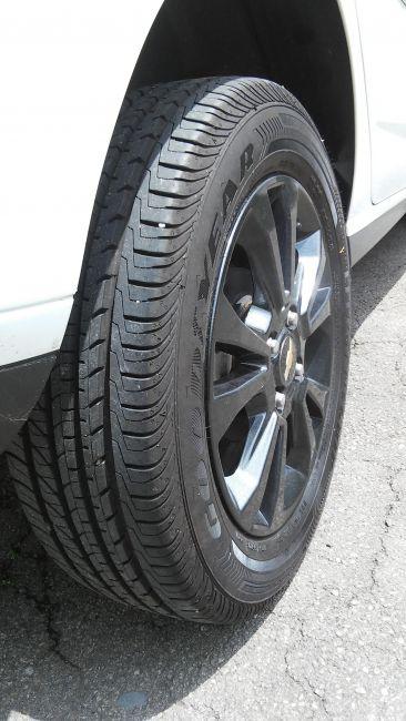 Chevrolet Onix 1.0 SPE/4 Seleção - Foto #4