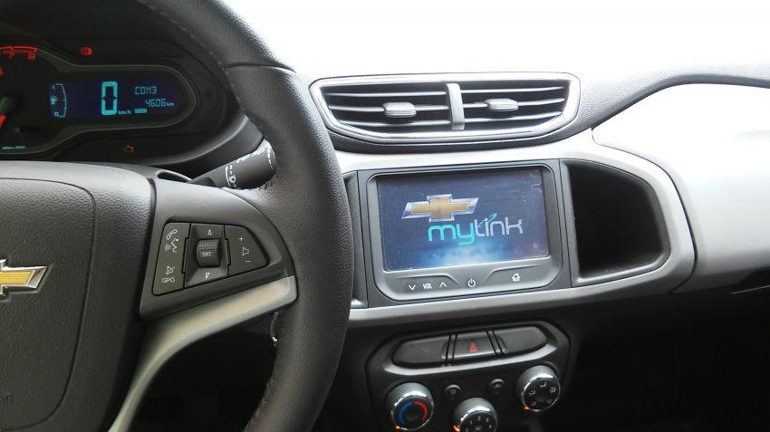 Chevrolet Onix 1.0 SPE/4 Seleção - Foto #6