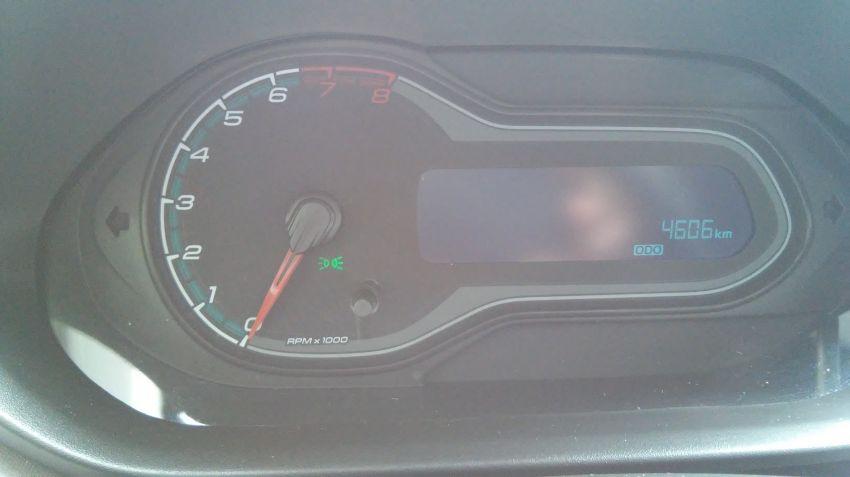 Chevrolet Onix 1.0 SPE/4 Seleção - Foto #7