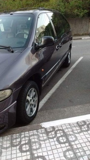 Chrysler Grand Caravan 3.8 V6 - Foto #9
