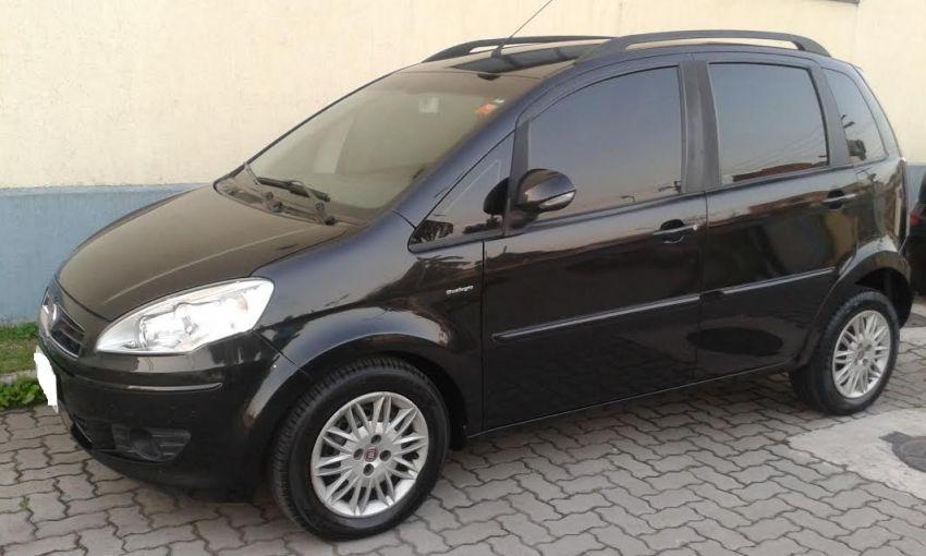 Fiat Idea Essence 1.6 16V E.TorQ Dualogic - Foto #2