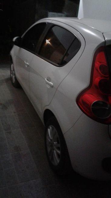 Fiat Palio Essence 1.6 16V E.torQ - Foto #6