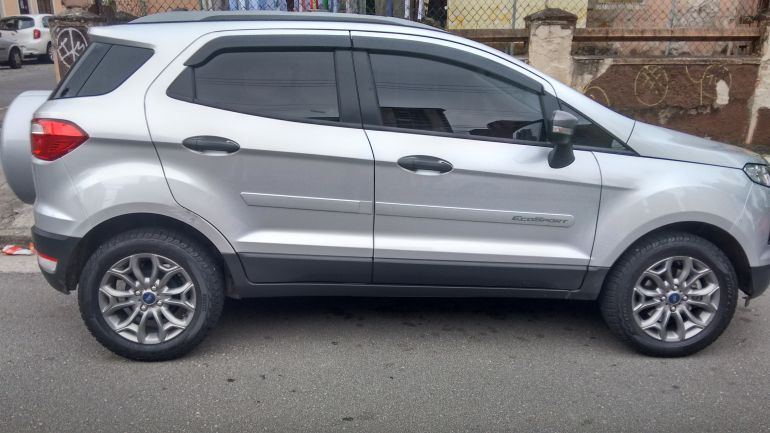 Ford Ecosport Freestyle Powershift 2.0 16V (Flex) - Foto #6