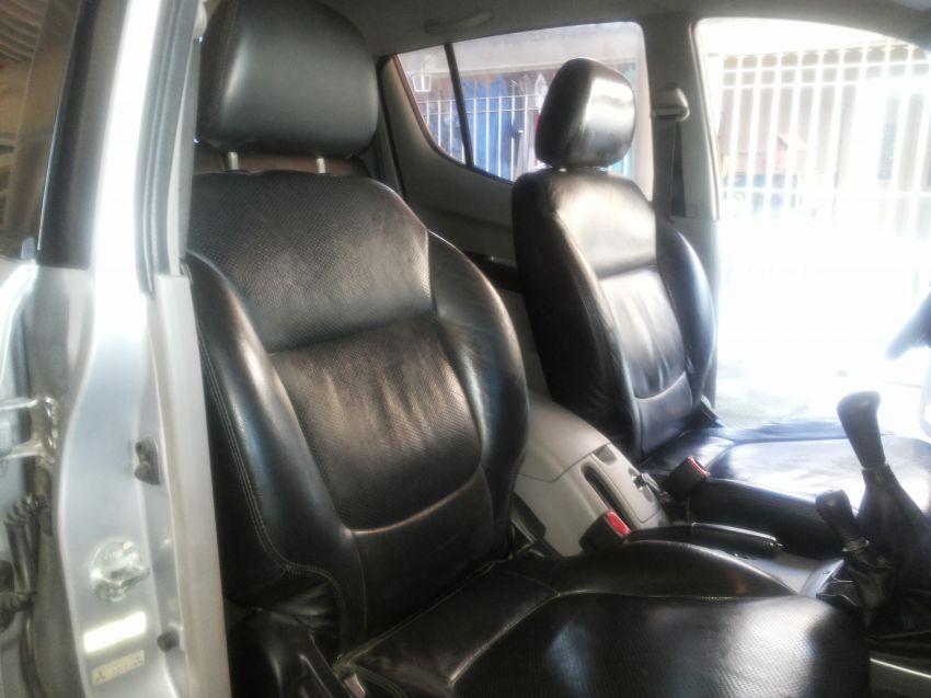 Mitsubishi L 200 HPE 4X4 GLS (cab.dupla) - Foto #4