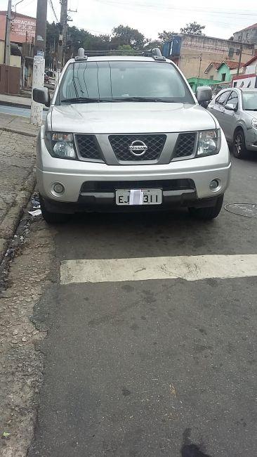 Nissan Frontier SE 4x2 2.5 16V (cab. dupla) - Foto #1
