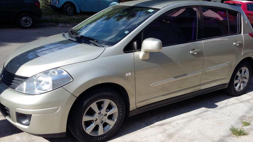 Nissan Tiida S 1.8 (aut) - Foto #6