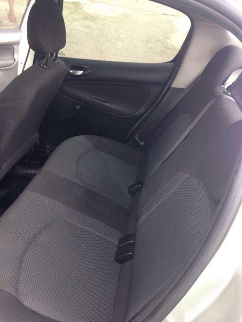 Peugeot 207 XR 1.4 (10 ANOS BRASIL)(Flex) 2p - Foto #4