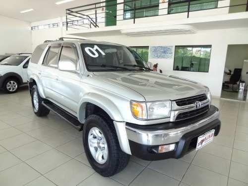 Toyota Hilux SW4 3.0 TDI 4x4 SR 5L - Foto #1