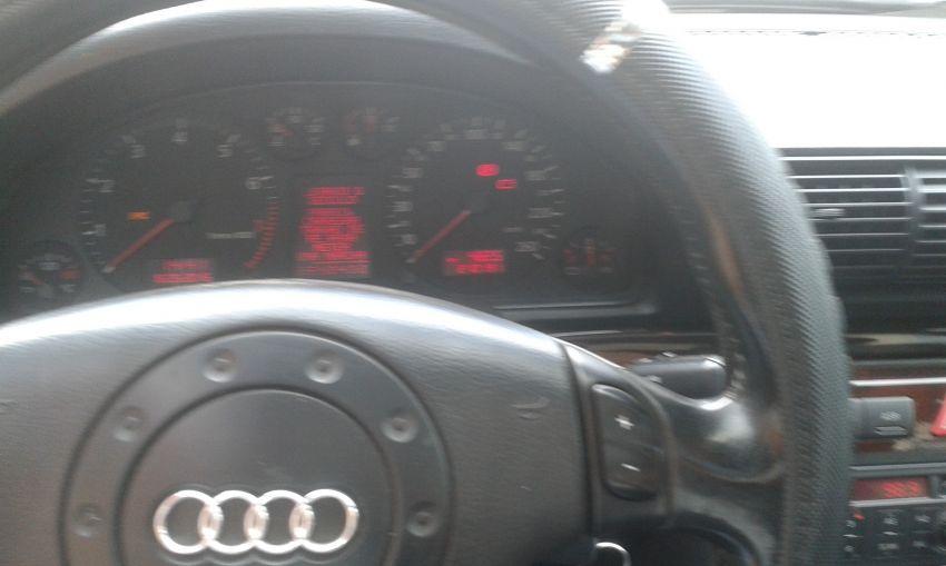 Audi A4 2.4 V6 30V (multitronic) - Foto #9