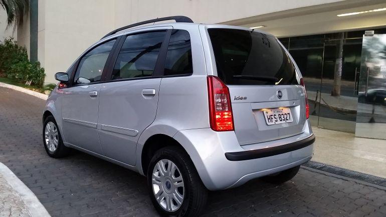 Fiat Idea HLX 1.8 (Flex) - Foto #4