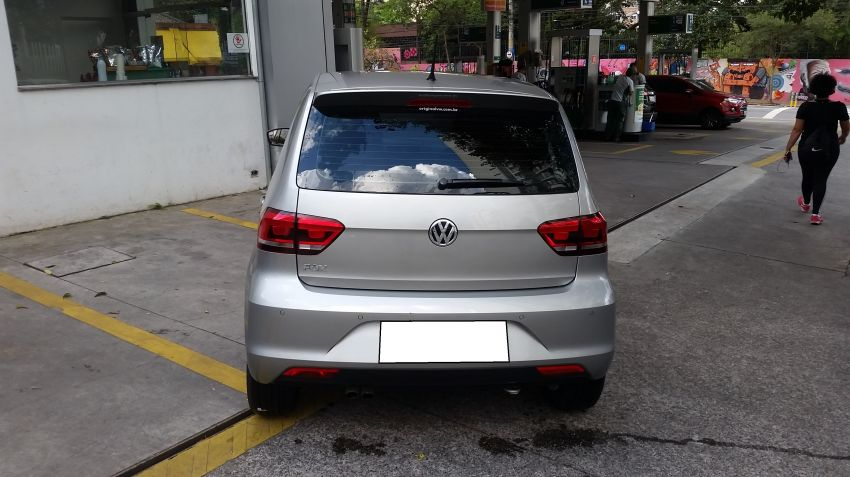 Volkswagen Fox 1.6 16v MSI Highline (Flex) - Foto #4