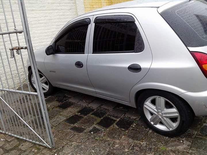 Chevrolet Celta Spirit 1.4 4p - Foto #5